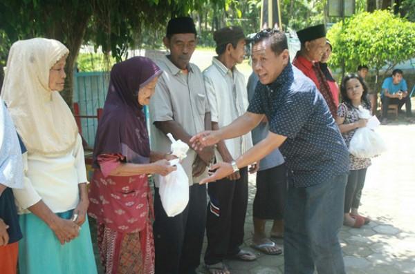 Donor Darah dan Pasar Murah Sembako, Why Not?